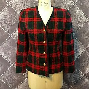Vintage wool plaid jacket. A+ condition. Size 4.